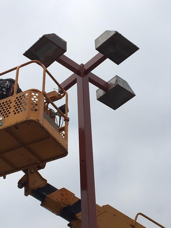 神栖市 ゴルフ練習場 外灯更新工事のサムネイル